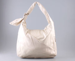 Купить сумку 2428 bezh. 547-066 оптом. Отличная сумочка Пекоф 2428 bezh. 547-066 оптом только у нас.
